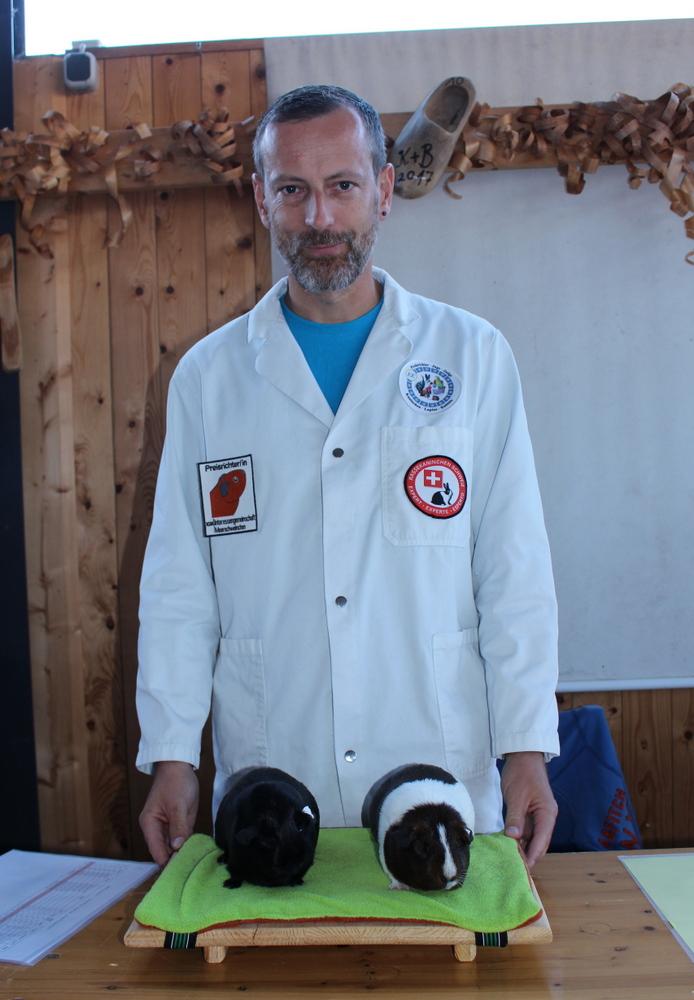 Markus Durrer und seine zwei besten Glatthaar