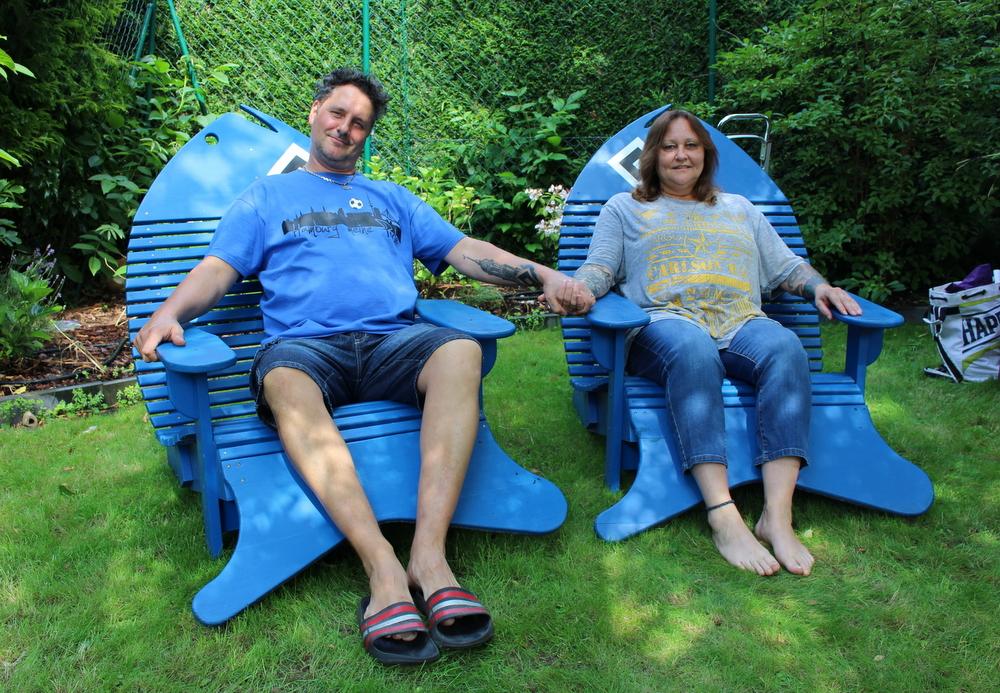 Unsere Gastgeber: Tina und Fries Pelz haben das Sommerfest in ihrem Garten ausgerichtet ... Perfekt und herzlichen Dank !